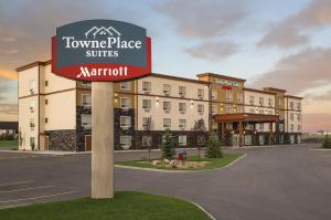 TownePlace Suites by Marriott Red Deer - Hotel