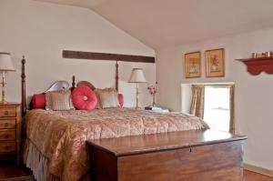 Wayside Inn Bed and Breakfast - Accommodation - Ellicott City