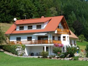 Haus Sum - Erzenbach