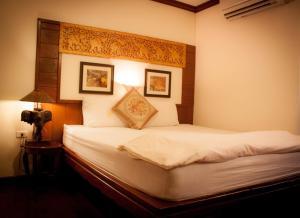 Mekong Guesthouse - Ban Hat Kham