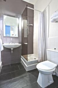 Anne de Bretagne, Hotel  Saint Malo - big - 23