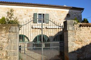 Villa Veleniki