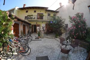 Hostales Baratos - Guesthouse Koren