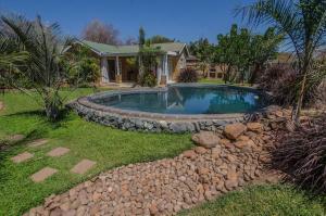 Chobe River Cottages, Chalets  Kasane - big - 10