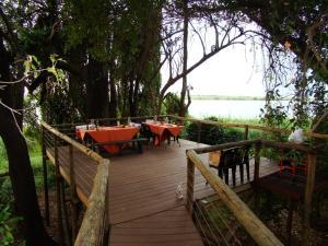 Chobe River Cottages, Chalets  Kasane - big - 9
