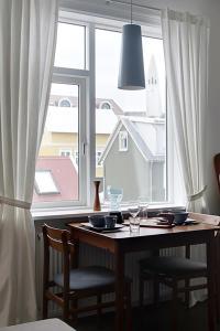 Grettir Apartments