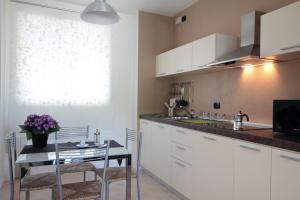 Feel Like Home In Milan, Apartments  Milan - big - 11