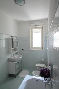 Feel Like Home In Milan, Apartments  Milan - big - 12
