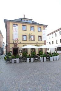 Land-gut Hotel zum Löwen Garni - Esselbach
