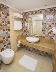 Blue Wave Suite Hotel, Hotely  Alanya - big - 22