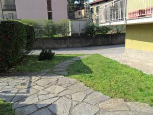 Green House Olivedo, Apartmanok  Varenna - big - 19