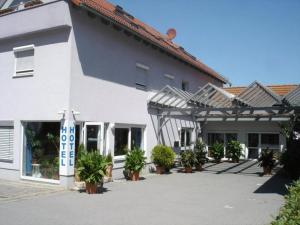 Hotel Papillon - Lappersdorf