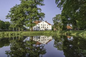 Hotel & Gästehaus Gut Kaden - Bokel