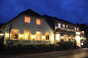 Hotel Zur Linde - Bahnhof Leitstade