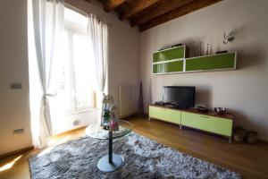 Vip Bergamo Apartments, Aparthotels  Bergamo - big - 8