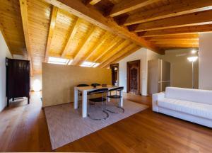 Vip Bergamo Apartments, Residence  Bergamo - big - 85