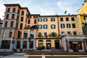 Vip Bergamo Apartments, Aparthotels  Bergamo - big - 1