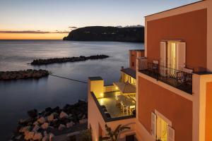 Appartamenti Le Pleiadi - Sant'Angelo D'Ischia - AbcAlberghi.com