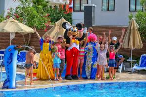 Blue Wave Suite Hotel, Hotely  Alanya - big - 40