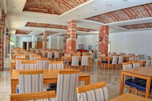 Blue Wave Suite Hotel, Hotely  Alanya - big - 34