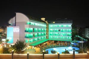 Blue Wave Suite Hotel, Hotely  Alanya - big - 44