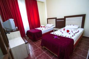Blue Wave Suite Hotel, Hotely  Alanya - big - 38