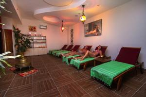 Blue Wave Suite Hotel, Hotely  Alanya - big - 46