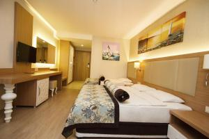 Blue Wave Suite Hotel, Hotely  Alanya - big - 19