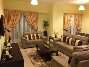 Jumeirah Beach Residence S2 - Four Bedroom Apartment
