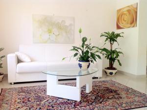 Residence Villa Ofelia - AbcAlberghi.com