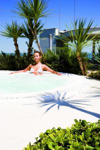 Hotel Le Palme - Premier Resort, Отели  Морской Милан - big - 46
