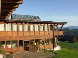 Accommodation in Ligist
