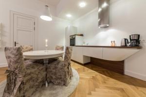 Old Town Apartment - Pagari 1, Апартаменты  Таллин - big - 7