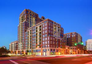 Global Luxury Suites at Metropolitan South - Apartment - Arlington