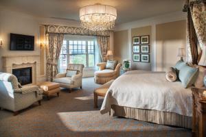 The Broadmoor (40 of 50)
