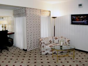 아바리 라호르 호텔