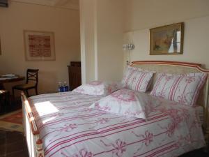 Chambre d'hôtes de charme La Belle Vue, Bed & Breakfasts  Roquebrune-Cap-Martin - big - 11