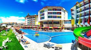 Отель Ramada Resort Side, Сиде