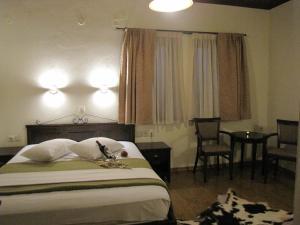 Hotel Mirovoli, Отели  Милиес - big - 21