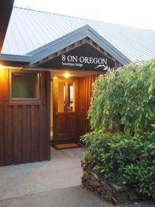 8 on Oregon - Hotel - Hanmer Springs