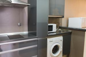 AB Apartamentos H2O, Апартаменты  Малага - big - 29