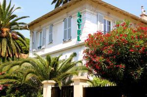 Location gîte, chambres d'hotes Hotel Villa Les Cygnes dans le département Alpes maritimes 6