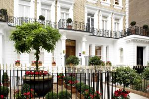 Beaufort House - Knightsbridge - London