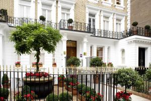 Beaufort House - Knightsbridge - London