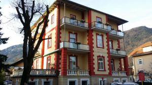 Hotel Almrausch, Отели  Бад-Райхенхалль - big - 73