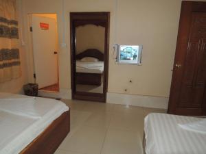 Malis Rout Guesthouse, Penzióny  Prey Veng - big - 13