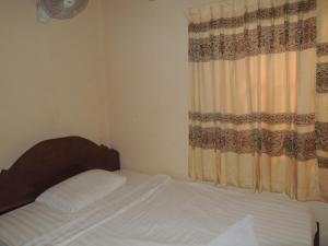 Malis Rout Guesthouse, Penzióny  Prey Veng - big - 11