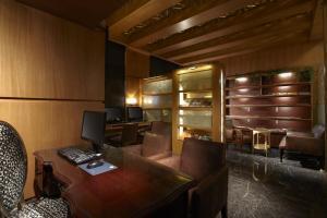 Hotel Kuva Chateau, Отели  Чжунли - big - 38