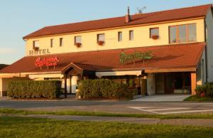 Hotel & restaurant SIGNAL - Sezemice