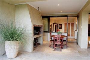 Supertubes Guesthouse, Penziony  Jeffreys Bay - big - 100